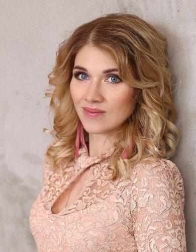 Inesa Hmeļevska